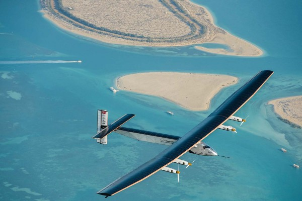 Letalo Solar Impulse med letom