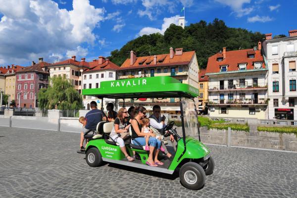 Električni minibus kavalir